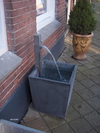 Jar exclusieve tuinvazen en fonteinen for De eigentijdse tuin